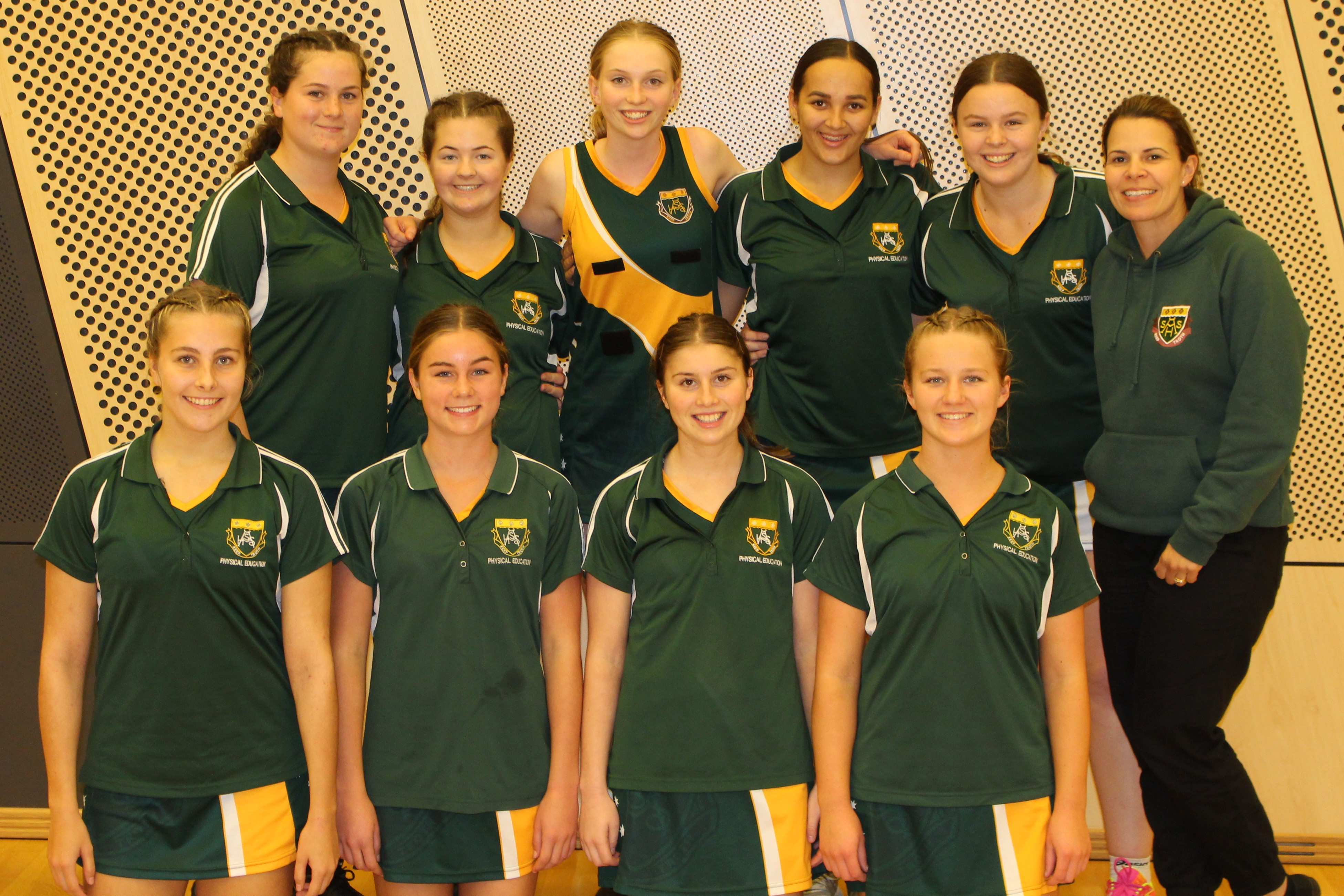 /uploaded_files/media/gallery/1562290686Netball team.jpg